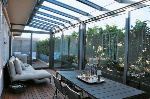 Progettazione esterni verande in vetro e giardini d for Piani di veranda coperta
