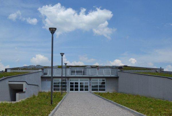 Edilizia scolastica il nuovo polo scolastico di for Scuola arredatore d interni
